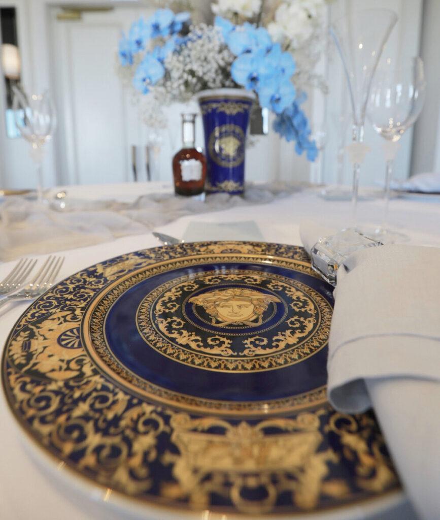 Medusa Blue-versace crockery set